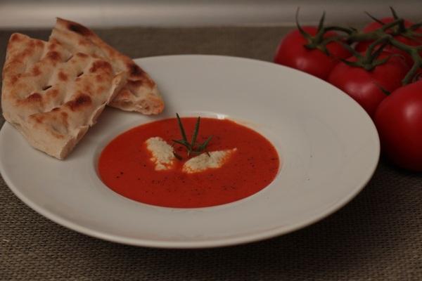 Scharfe Tomatensuppe, Tomaten, Sommerrezept, vegetarisch, veggie