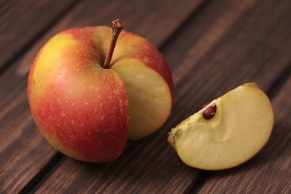 Apfel biologisch