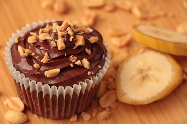 Schoko-Bananen-Erdnuss-Cupcakes_3