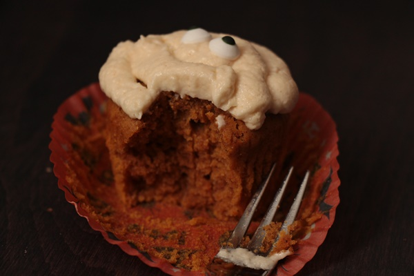 Mumien-Cupcakes_4
