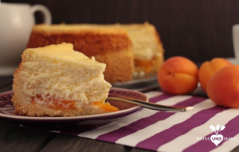 Herrlich fruchtig, sommerlich und frisch: Aprikosen-Käsekuchen ...