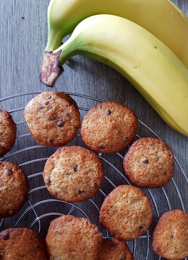 Easy-Peasy Bananen-Schokochip-Cookies | heissundinnig.com