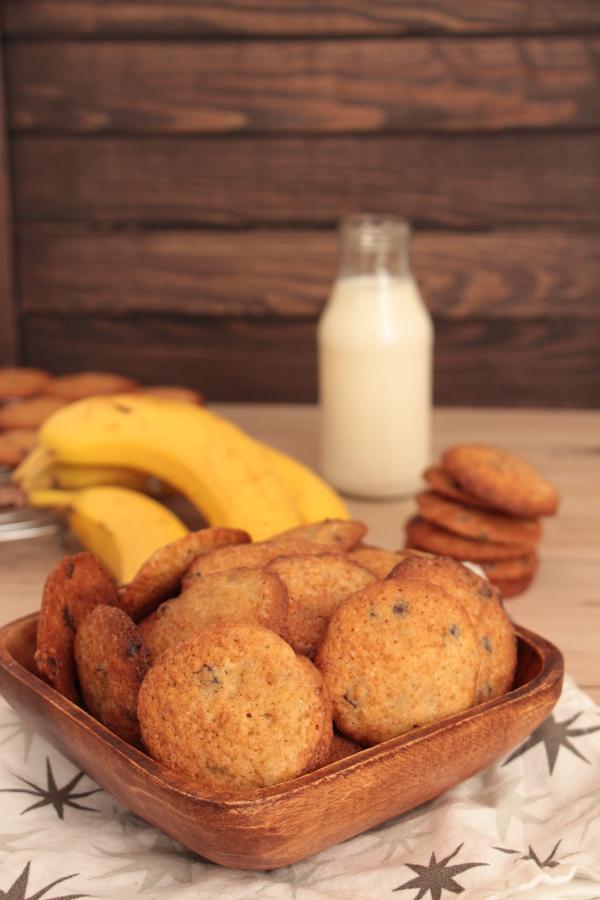 Easypeasy Bananen-Schokochip-Cookies | heissundinnig.com