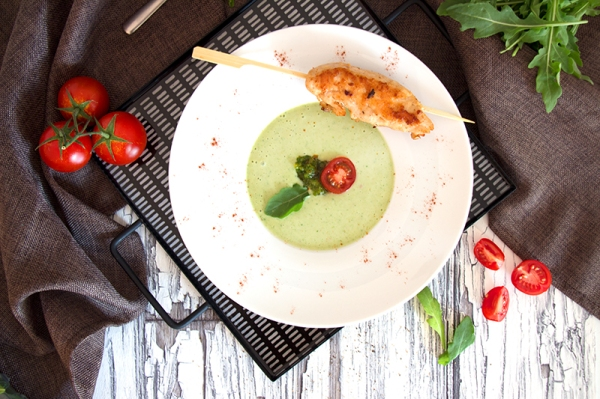 Avocado-Buttermilch-Suppe