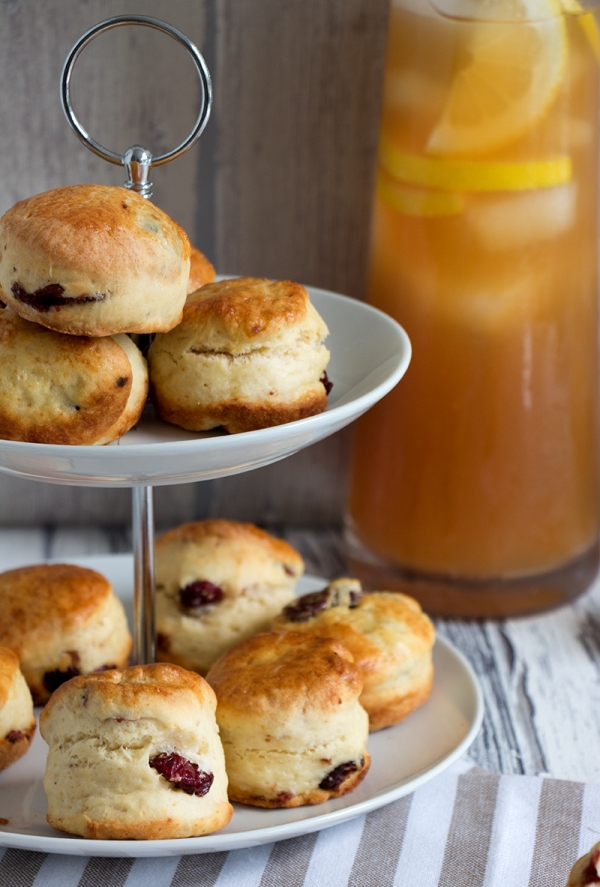 Cranberry-Scones mit Lemon Curd